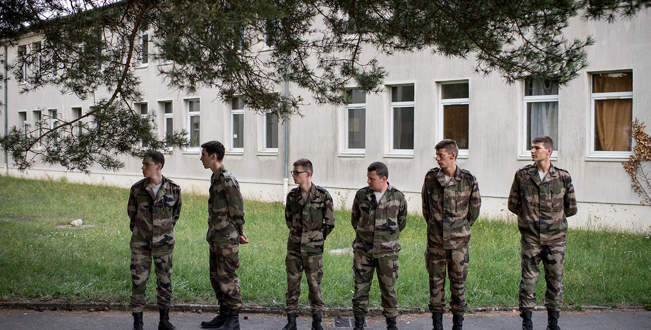 Bannière # 27 – Formation militaire initiale du réserviste au 12e régiment de cuirassiers.