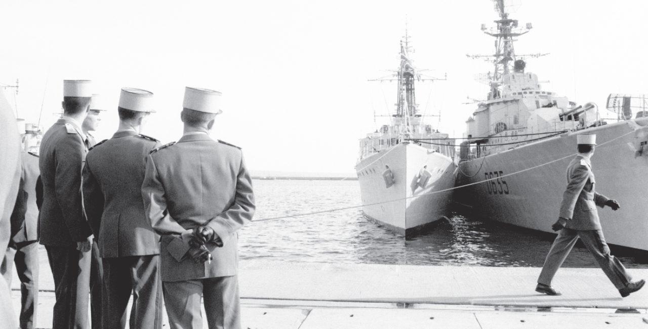 Bannière ANNULÉ – « Raymond Depardon : 1962-1963, photographe militaire » s'expose à Paris