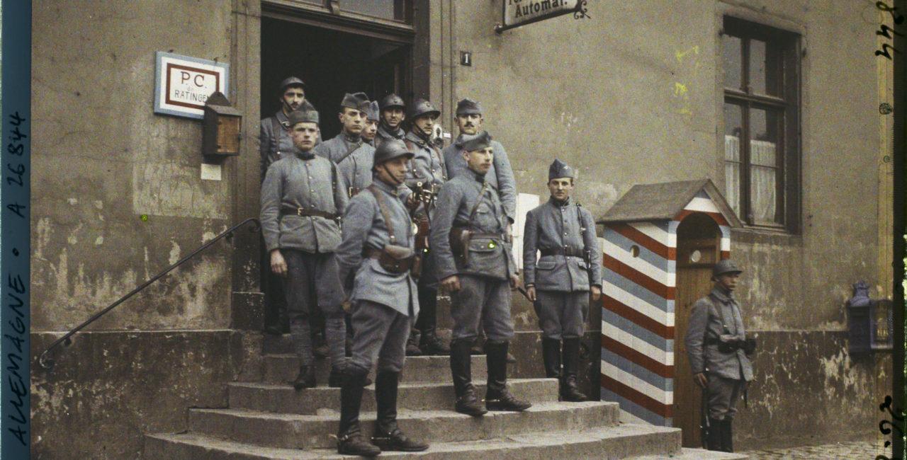 Bannière Occuper l'Allemagne – 1918-1930