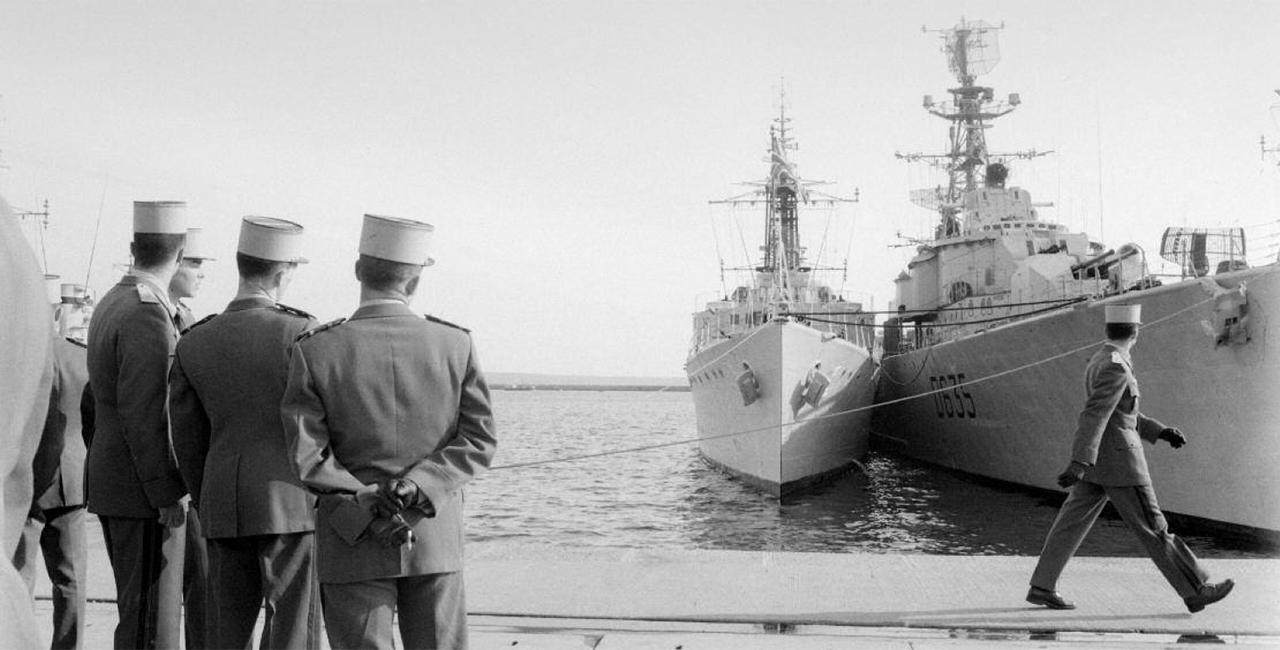 Bannière Itinérance de l'exposition « Raymond Depardon, 1962-1963, photographe militaire »